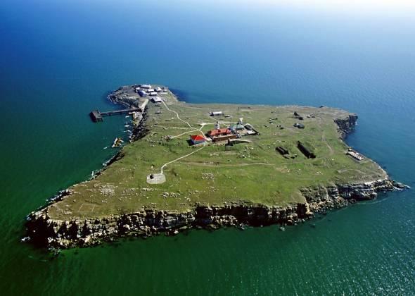 Літній відпочинок. ТОП-5 найкрасивіших островів України