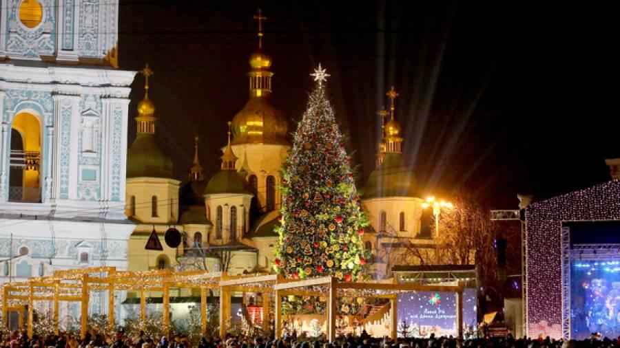 Новогодние афиши Киева