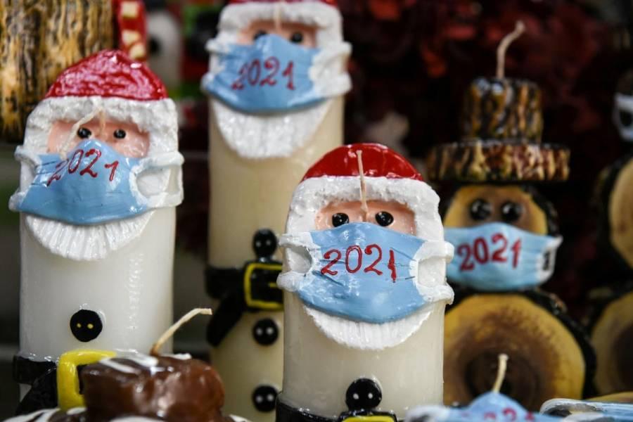 Вісім порад, як пережити Різдво в Zoom та Skype