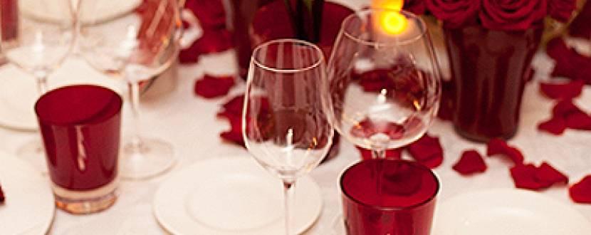 Святкова вечеря на двох та для компанії в кафе «Шампань»