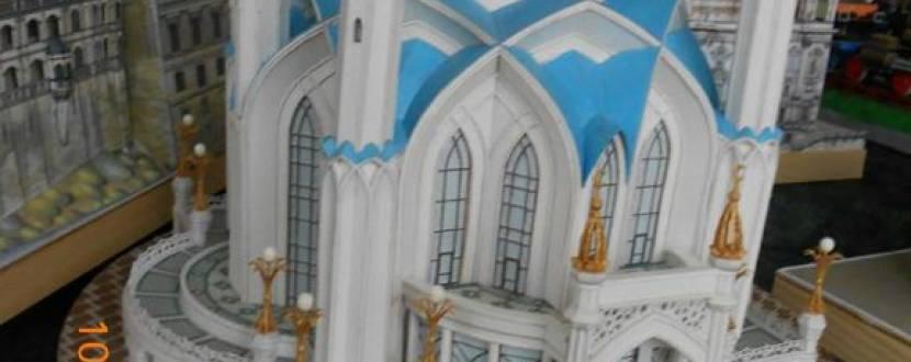 Виставка об'ємних моделей з паперу Петра Щомака