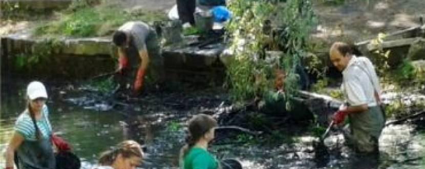 Екологічна акція «Прибирання р. Тяжилівка»
