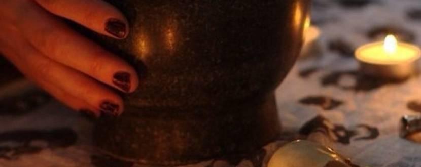 Екскурсія з каганцями: «КУЛЬТ СМЕРТІ» ТА «СПОГАДИ МУЗЕЙНОГО ПРИВИДА»