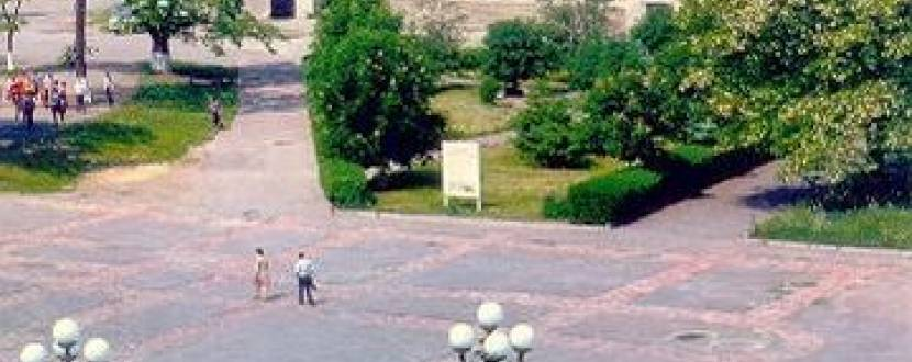 """Зустріч-бесіда """"Павло Тичина"""" в рамках проекту """"неПрості люди"""""""