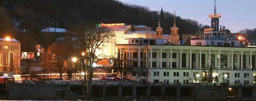"""Нічна екскурсія-містерія """"Музика та містика великого міста"""": прогулянка  по Дніпру та виступ джаз-оркестру"""