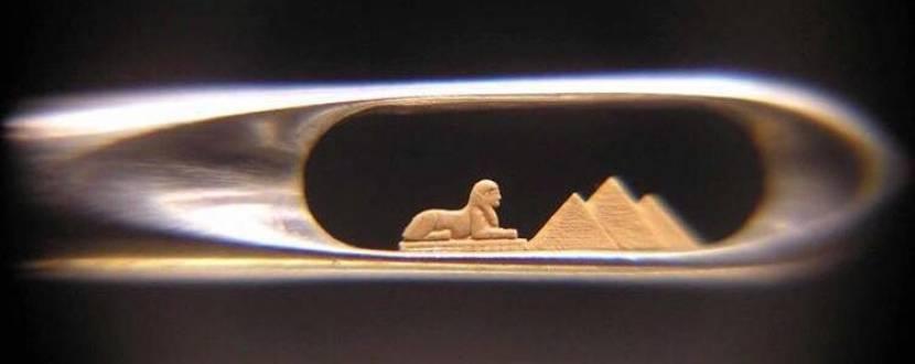 Виставка найменших у світі мініатюр