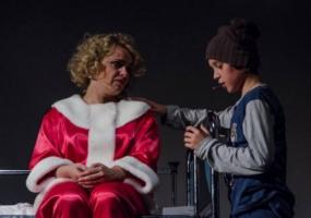 Оскар і Рожева Пані - вистава