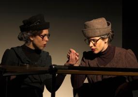 Спектакль «Две дамочки в сторону севера»