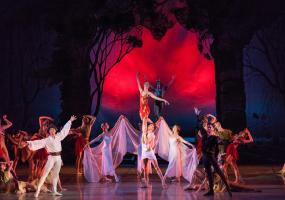 Одноактные балеты «Вальпургиева ночь» и «Пахита»