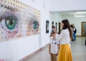"""Персональна виставка Наталії Луценко """"Моя Самчиківка"""""""