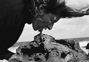 Вся афіша Кропивницького - Марина Абрамович. У присутності художника, світове документальне кіно