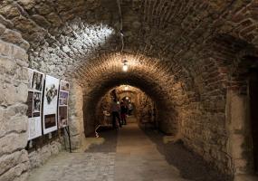Екскурсії Підземеллями у Львові