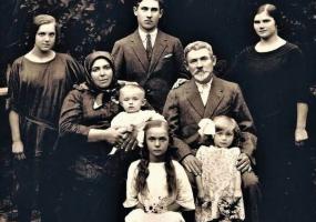 Афіша Львова - Виставка «Чехи Волині. Історія одного роду»