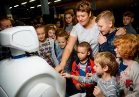 Велика інтерактивна виставка РОБОПАРК