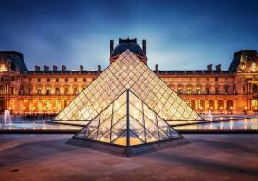 Онлайн-екскурсія Лувром