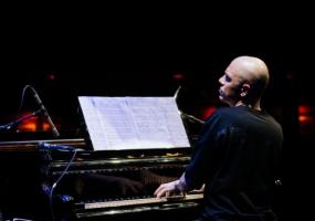 Павло Ігнатьєв з фортепіанним концертом