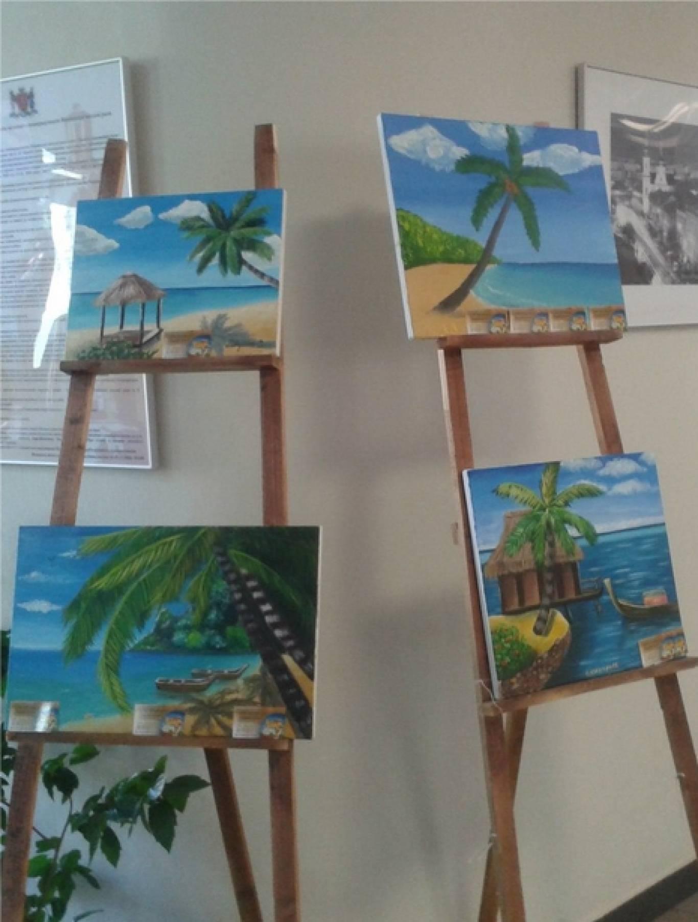 Виставка дитячих малюнків «Літній спогад».