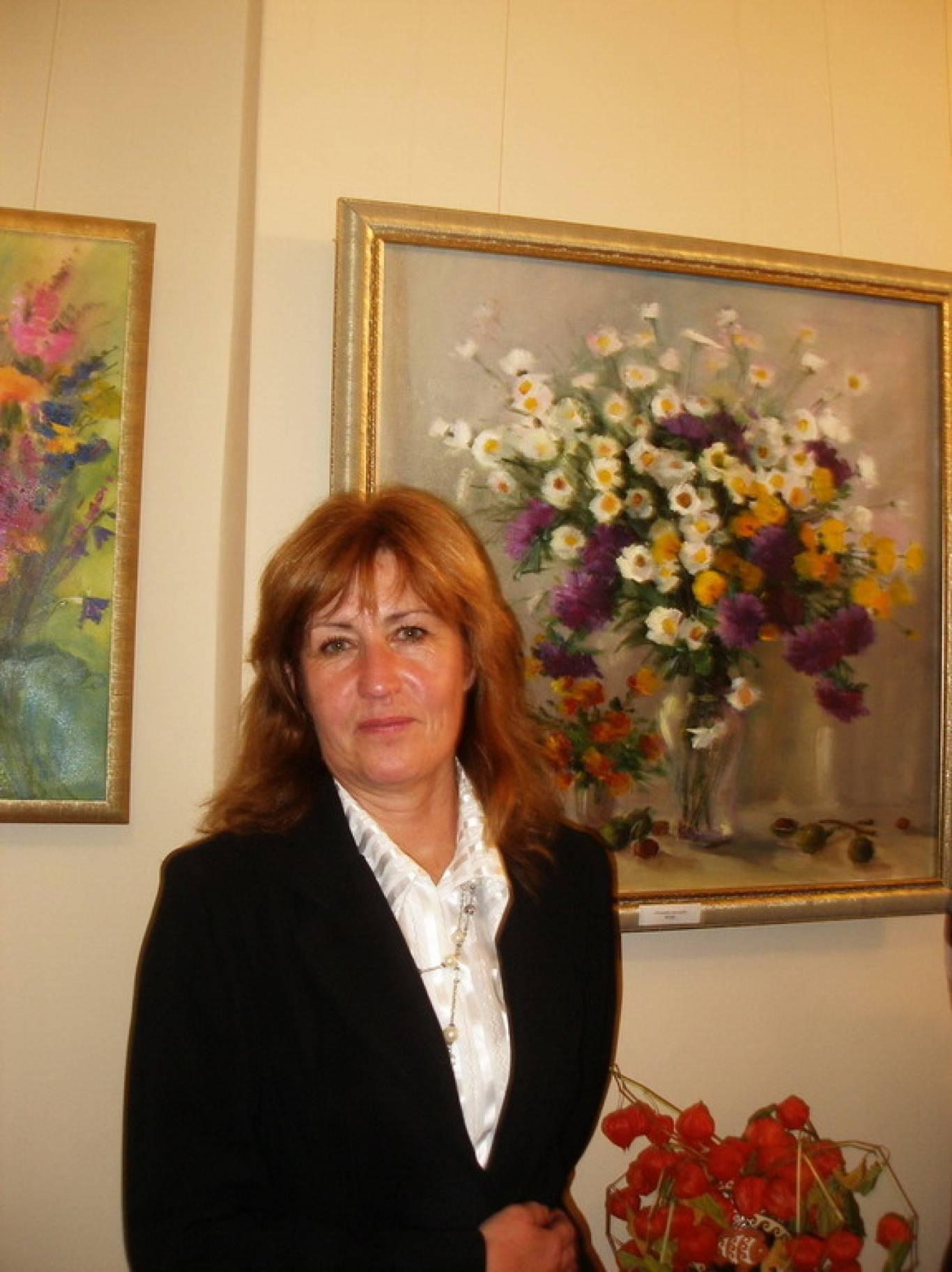 Виставка картин Ірини Кравченко «Осінні спогади про літо».