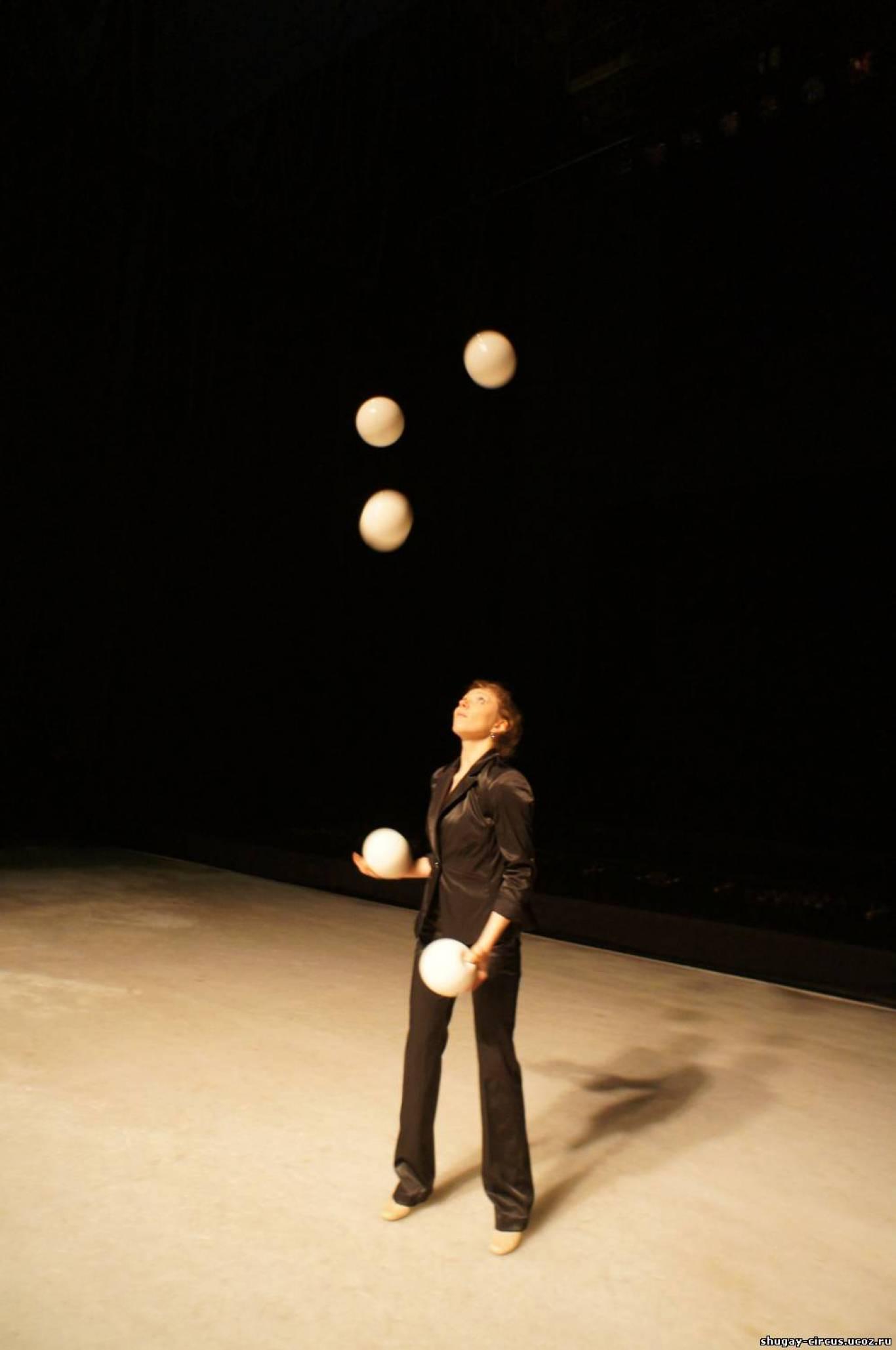 Семінар з жонглювання з Ісааком Рокафеллоу