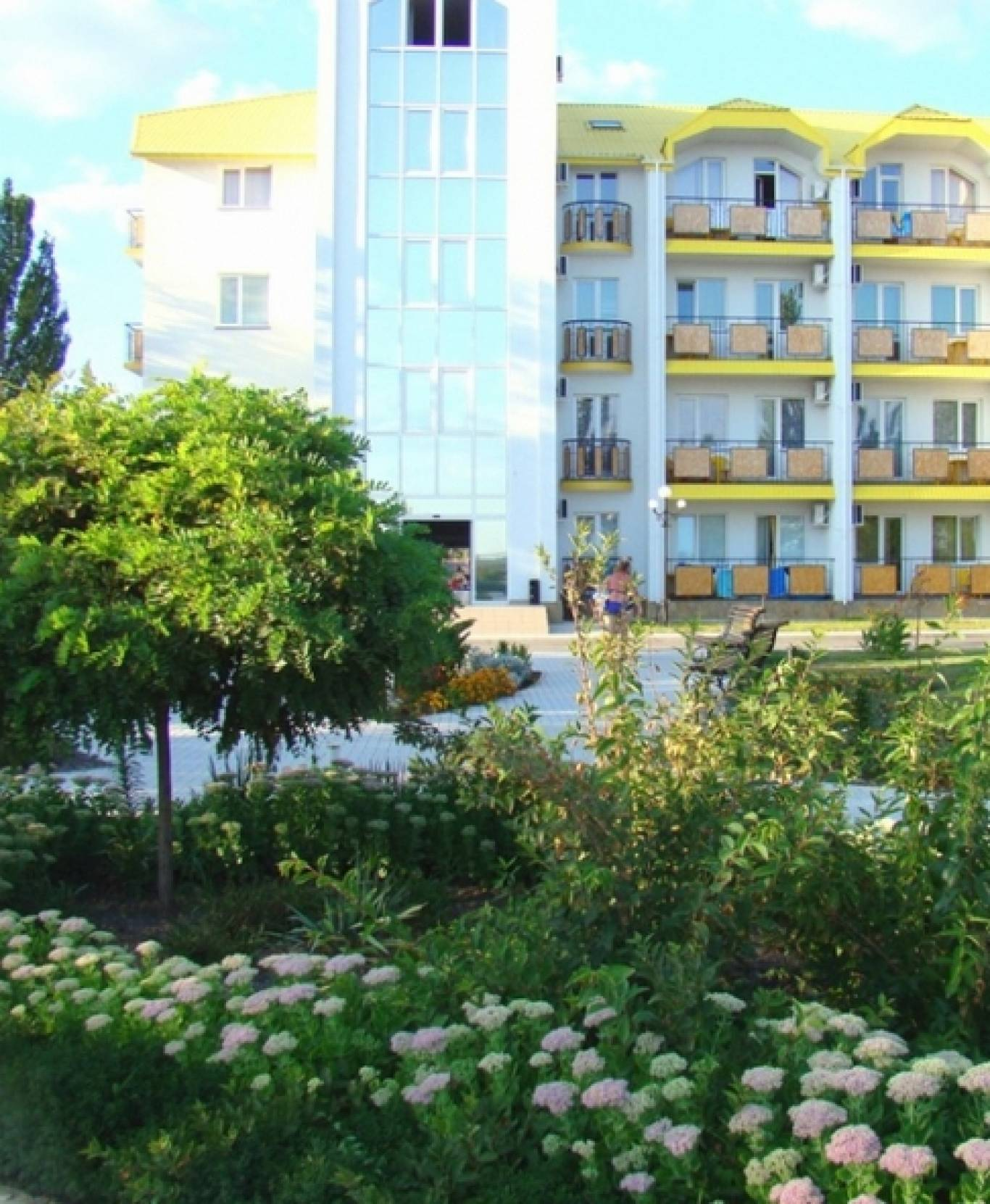 Отдых на море в Коблево в 2015г,  база отдыха Автомобилист