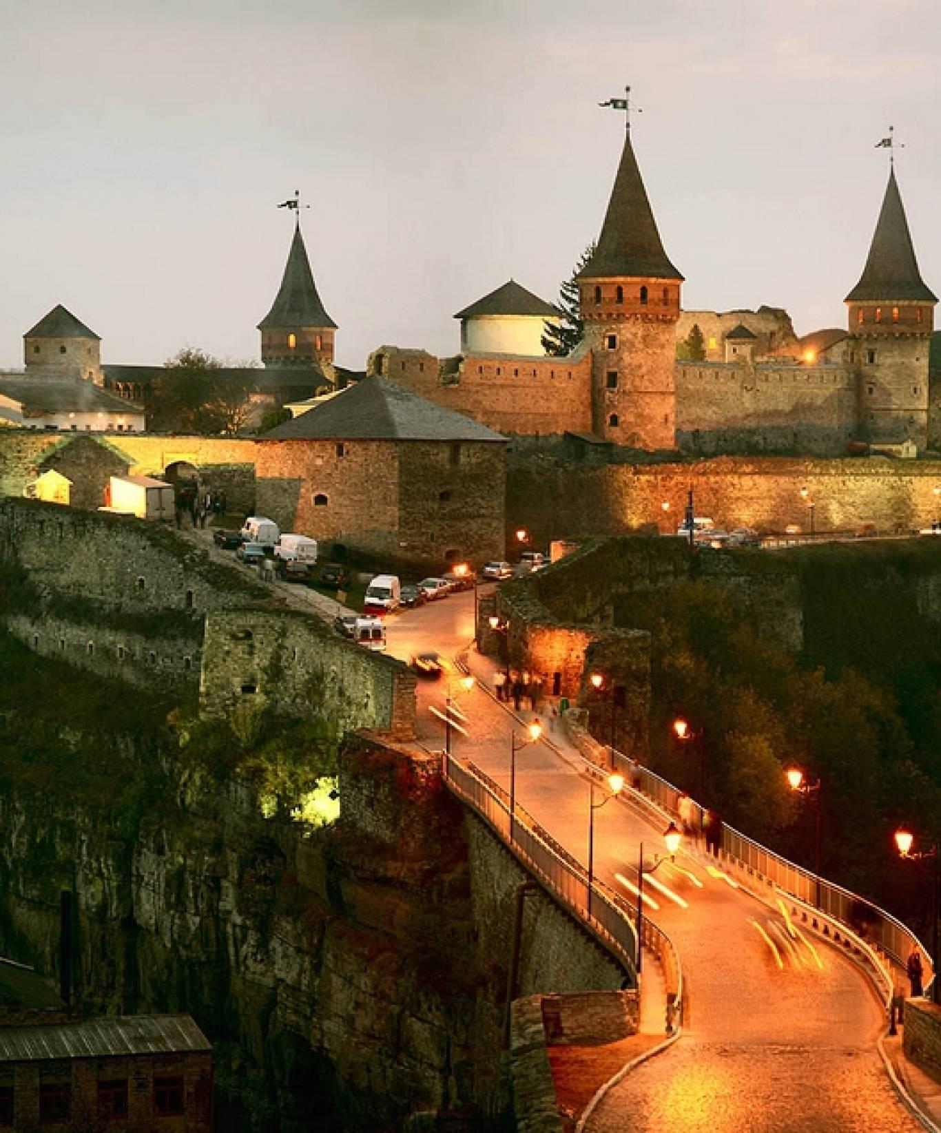 Екскурсійна поїздка: Кам'янець-Подільський-Хотин