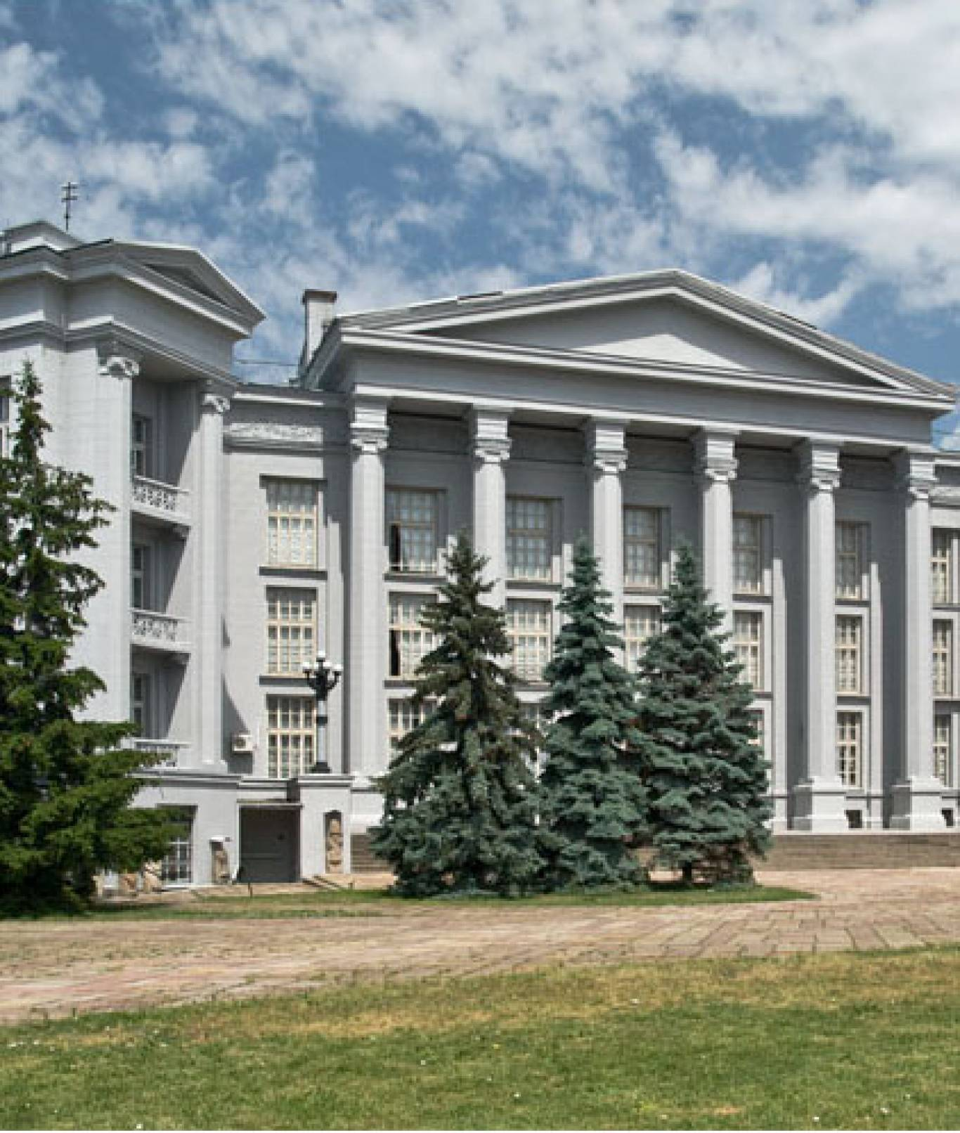 Відкриття виставки «ІСТОРІЇ З ВІЙНИ»  у Національному музеї історії України