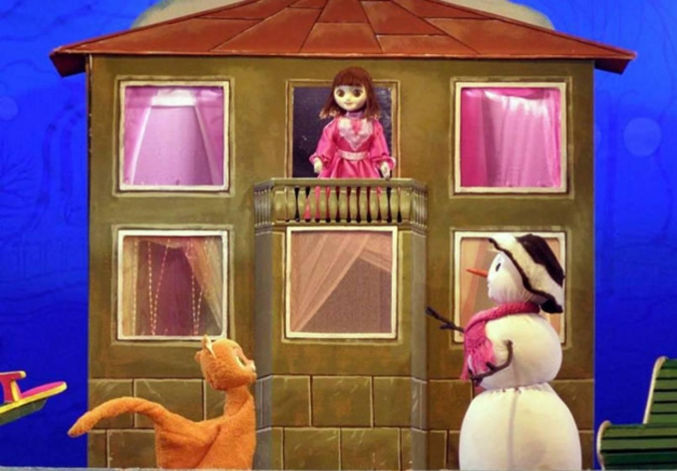 """Новорічна історія """"Кошеня на снігу"""""""