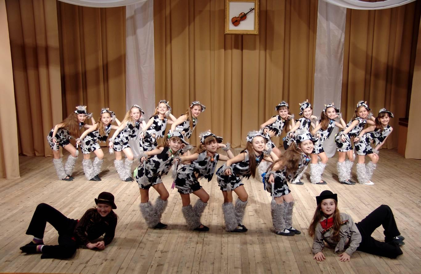 Звітний концерт зразкового ансамблю сучасного танцю «Фреш»