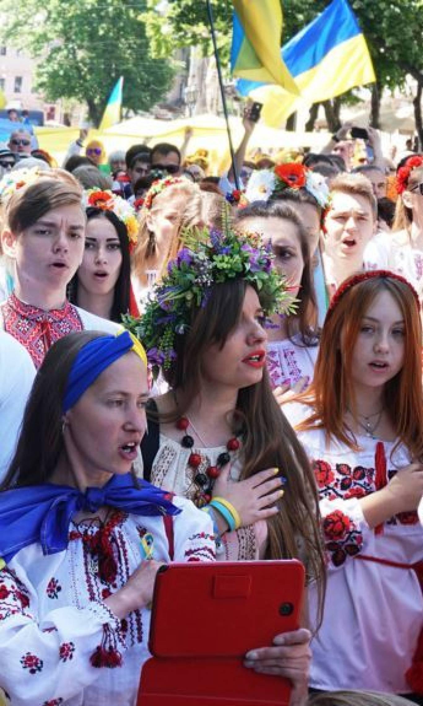 Урочисті заходи до дня першого публічного виконання Державного Гімну України