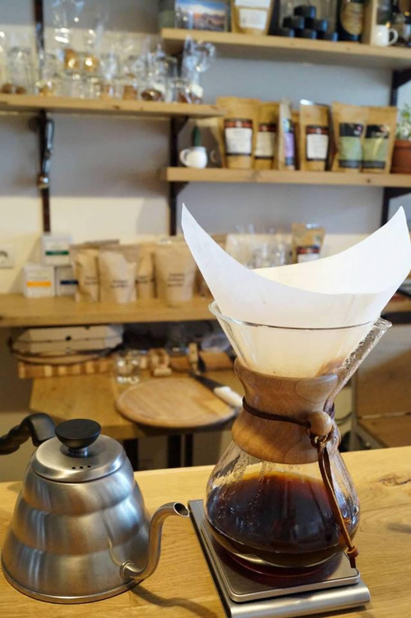 COFFEE JAZZ BAR: альтернативна кава із присмаком джазу на Подолі