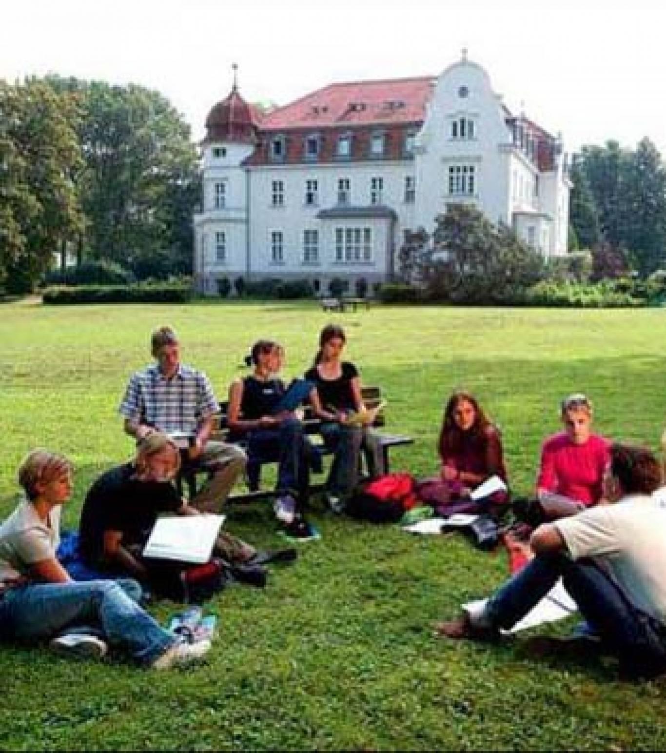 Польське літо у Карпатах: відвідай літній мовний табір з навчання польської!