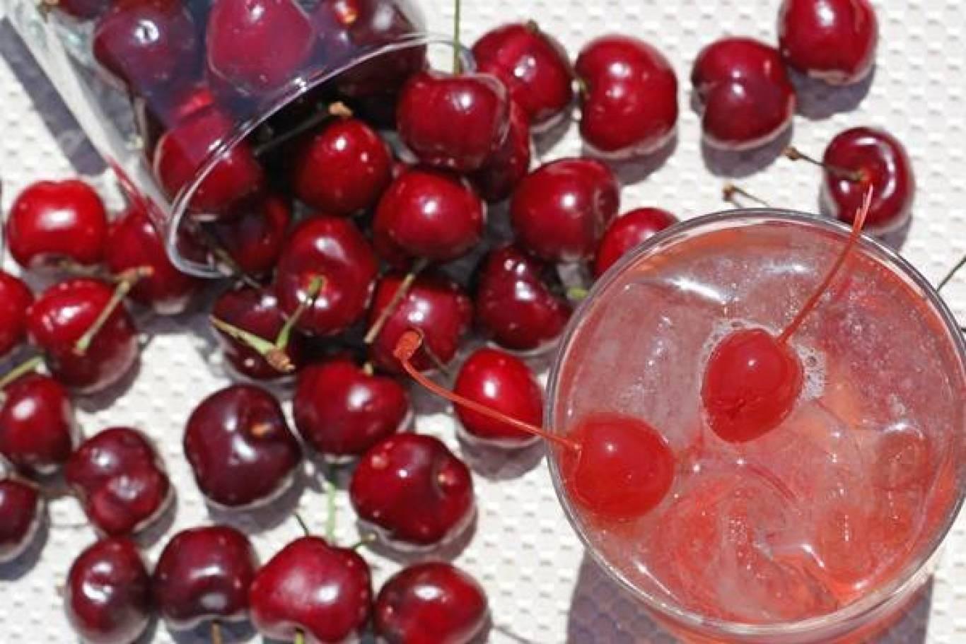 Вечірка Cherry friday