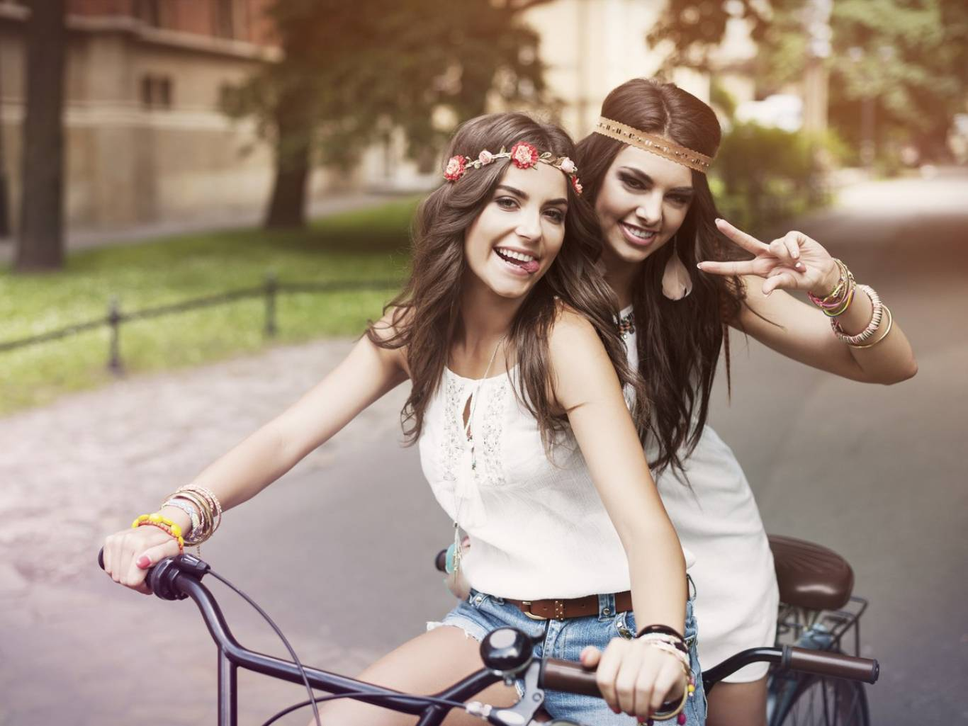 Леді на велосипеді - 3-й Вінницький велопарад