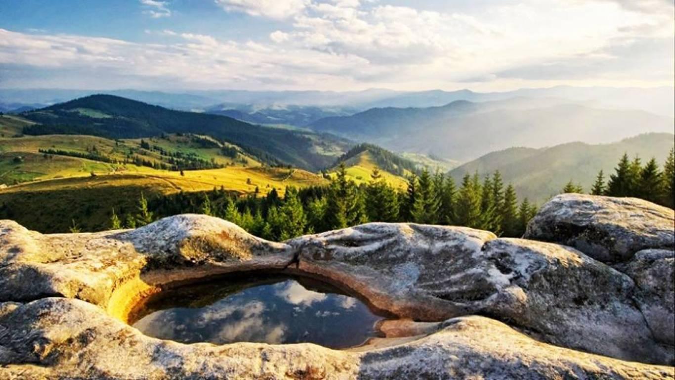 """Подорожуємо до місць сили - у Карпати на """"Осіннє Рівнодення"""""""