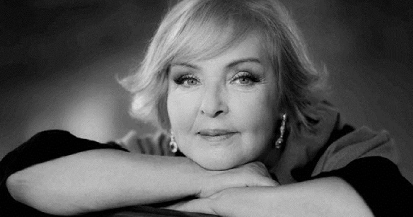 """Ада Роговцева: творча зустріч """"З тими, кого люблю..."""""""