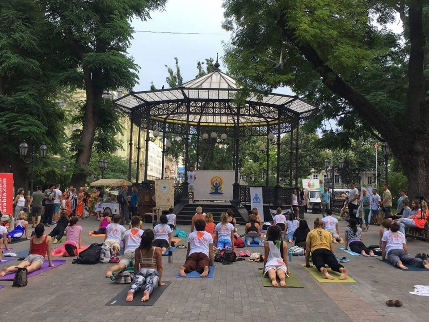 Международный День Йоги в Одессе