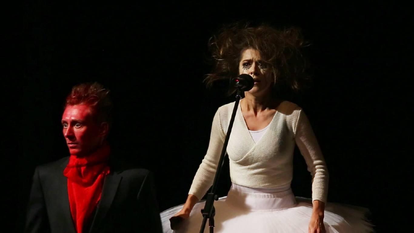 """""""Хаос. Жінки на межі нервового зриву"""" - суперкомедія у Вінниці"""