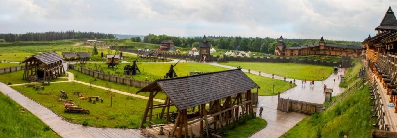 Байкерський фестиваль і лицарські бої