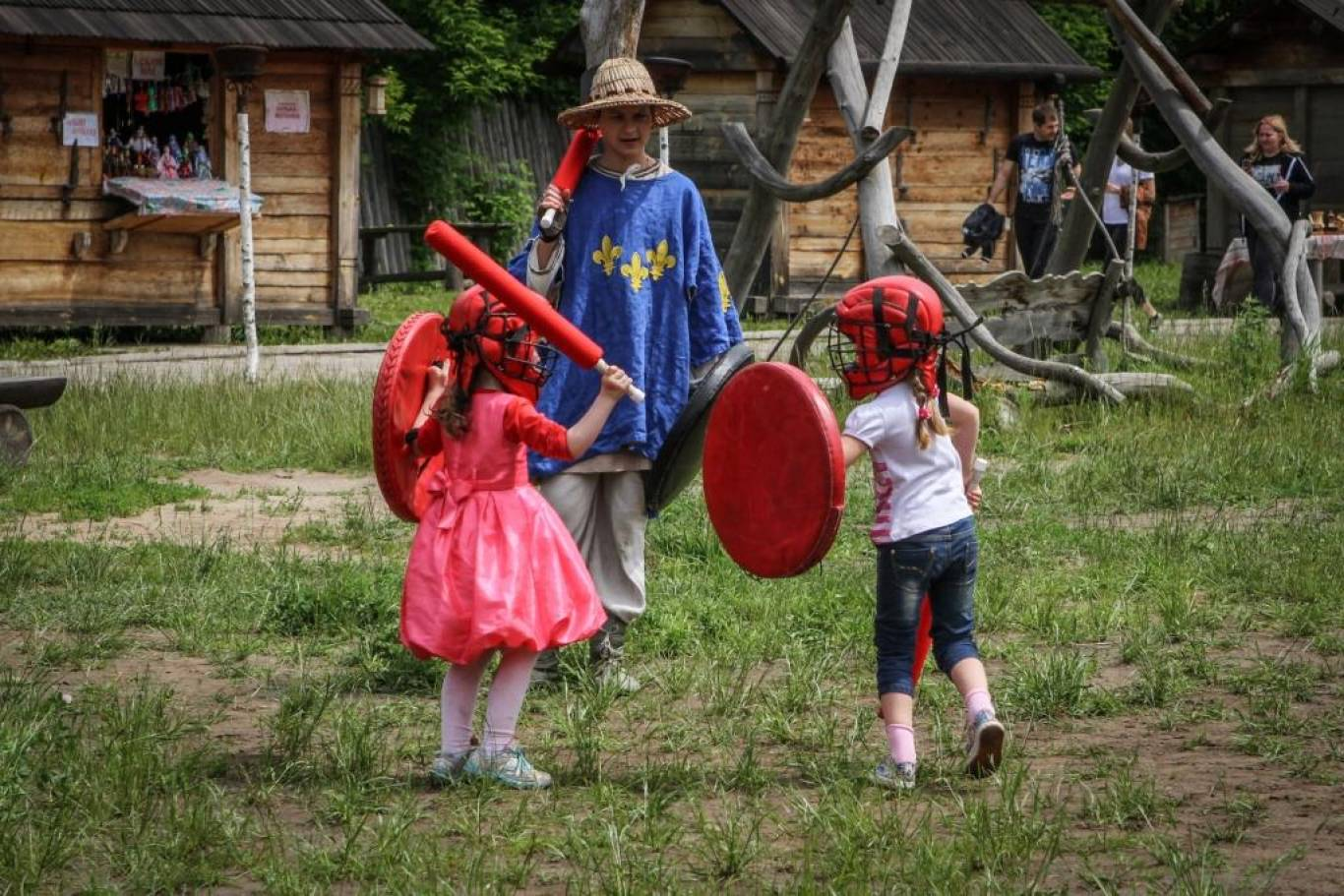 Середньовічні бої і кінне шоу в Парку Київська Русь