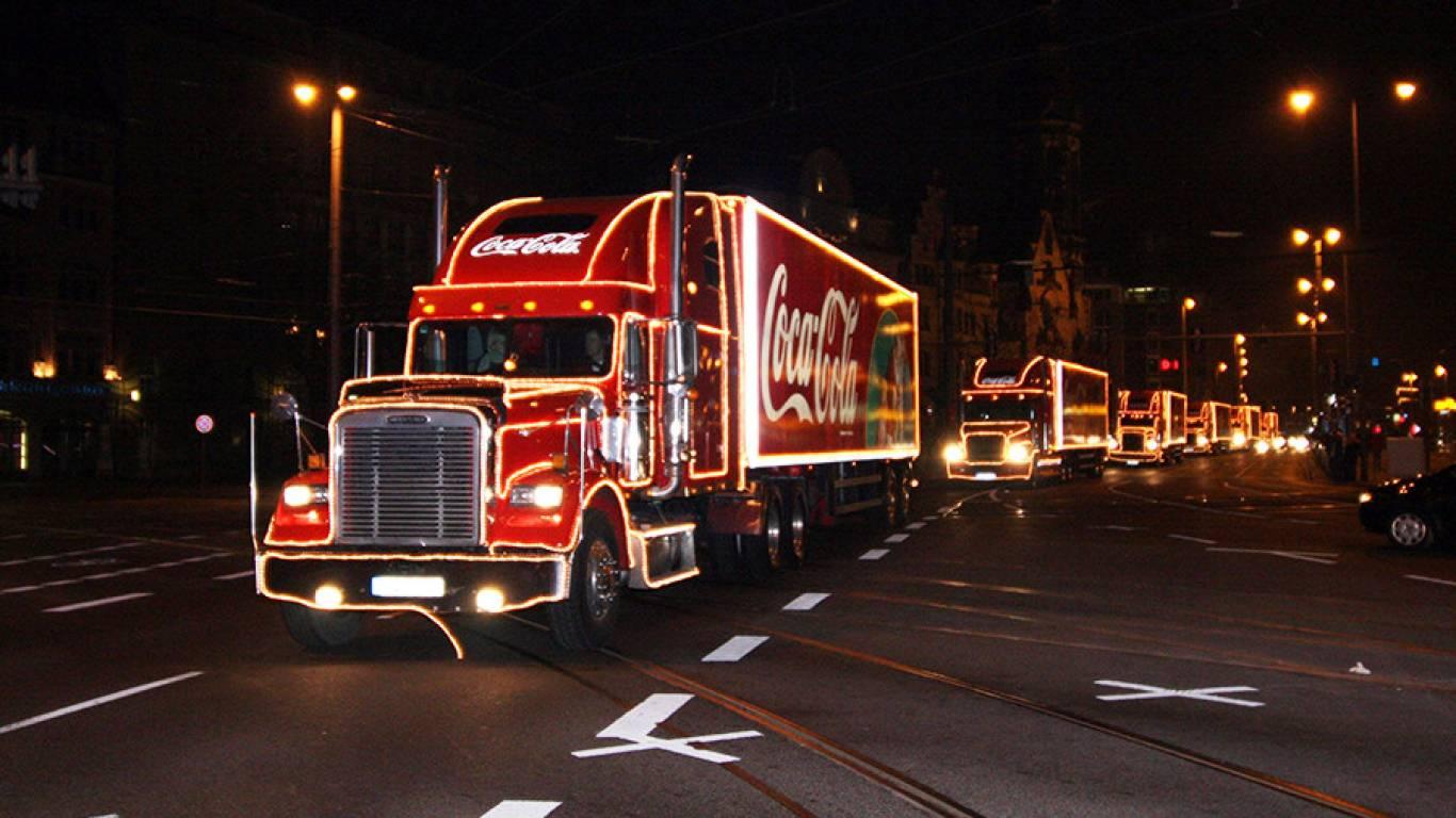 """Результат пошуку зображень за запитом """"новорічна вантажівка Coca-Cola"""""""