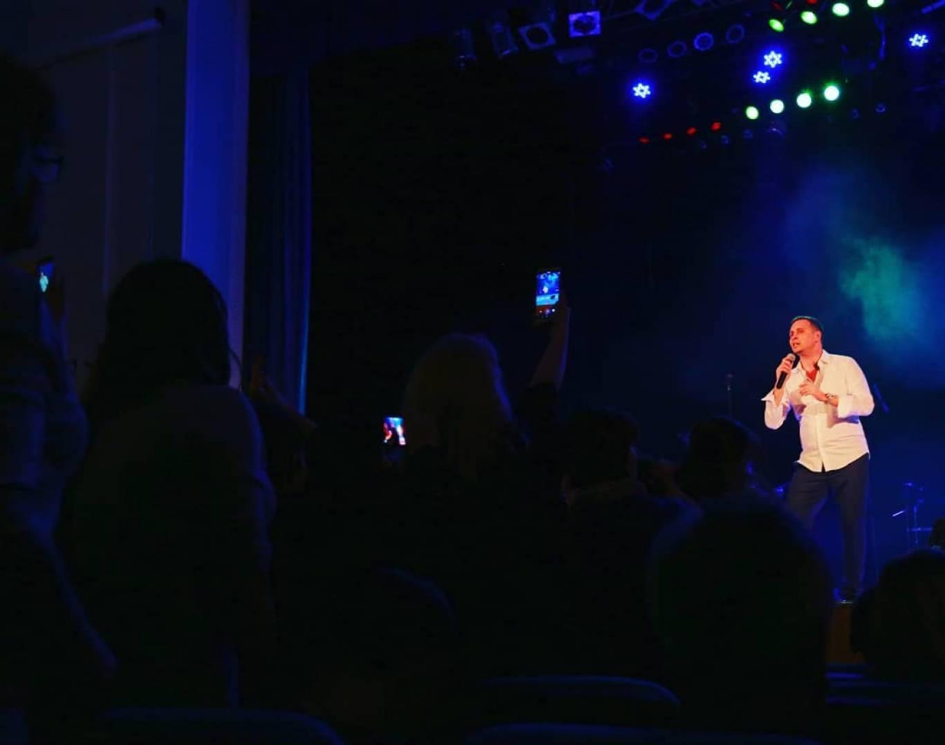 Сергій Піскун 7 березня у Вінниці! Якісний шансон у програмі «Алые розы – одній тобі»!