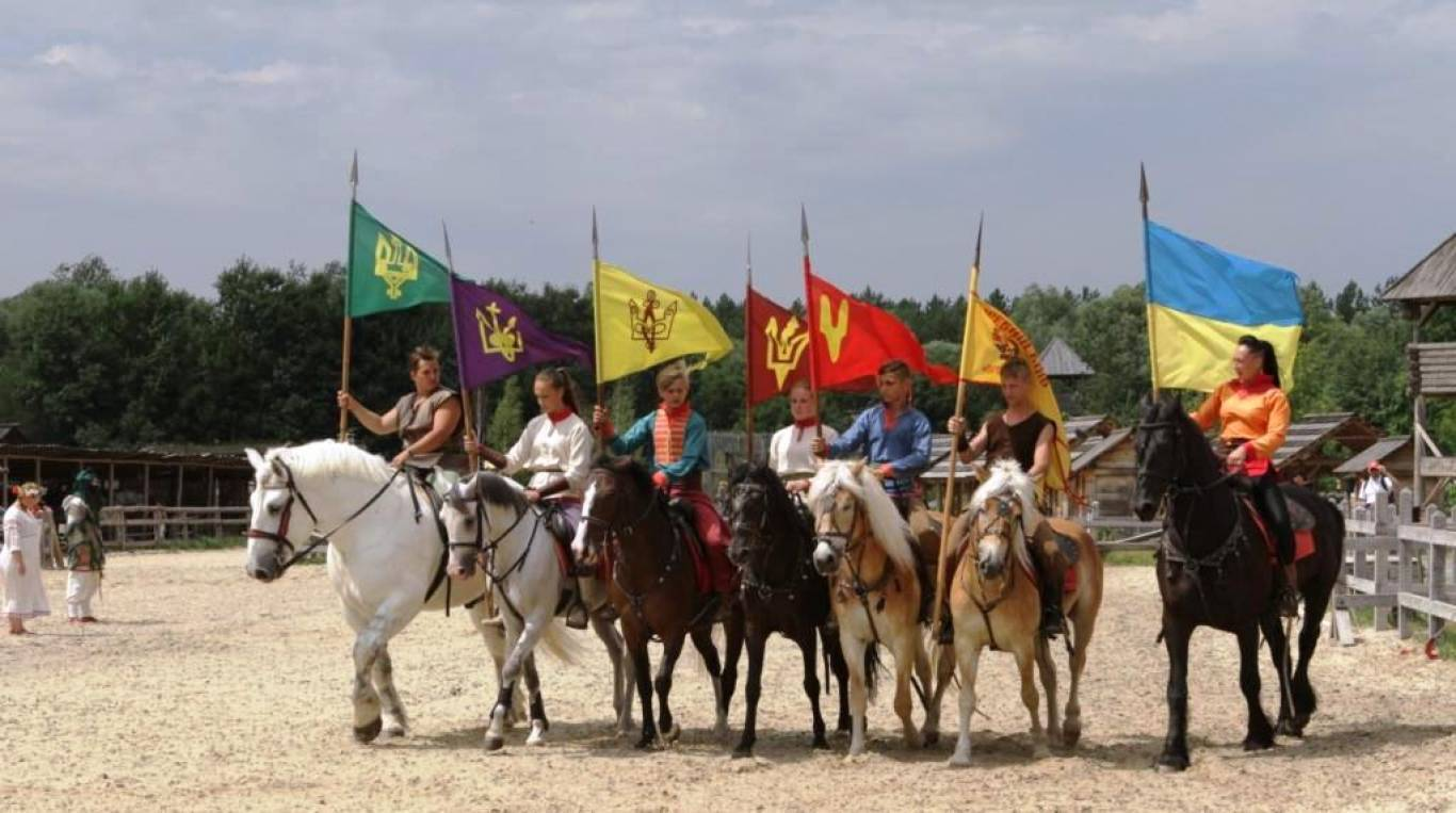 Воїни світла - Нова шоу-програма у Парку Київська Русь