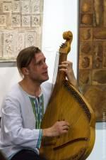 Концерт барда, бандуриста, гітариста Віктора Пашника
