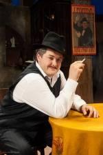 Вистава Національного драматичного театру імені І.Франка «Моя професія – сеньйор з вищого світу»