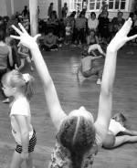 Дитячий фізичний театр: рух, гра, творчість та самопізнання