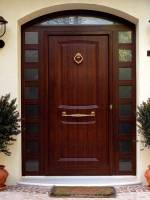Різновиди обробки і ціна вхідних дверей в «Місто Дверей»