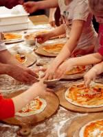 Майстер-клас «3-х метрової піци з сім'єю Scorini»